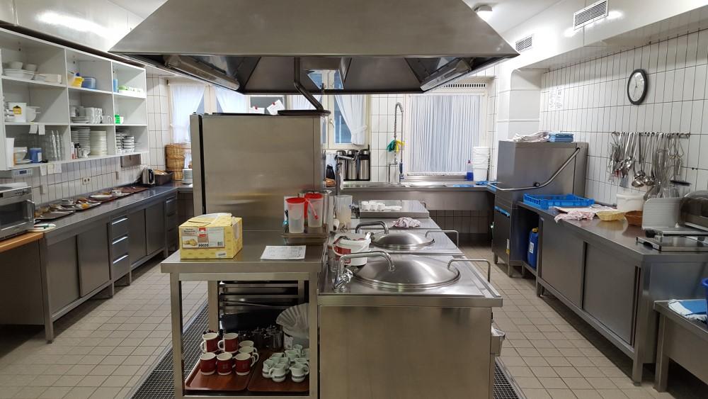 Küche – Altenheim Langendamm